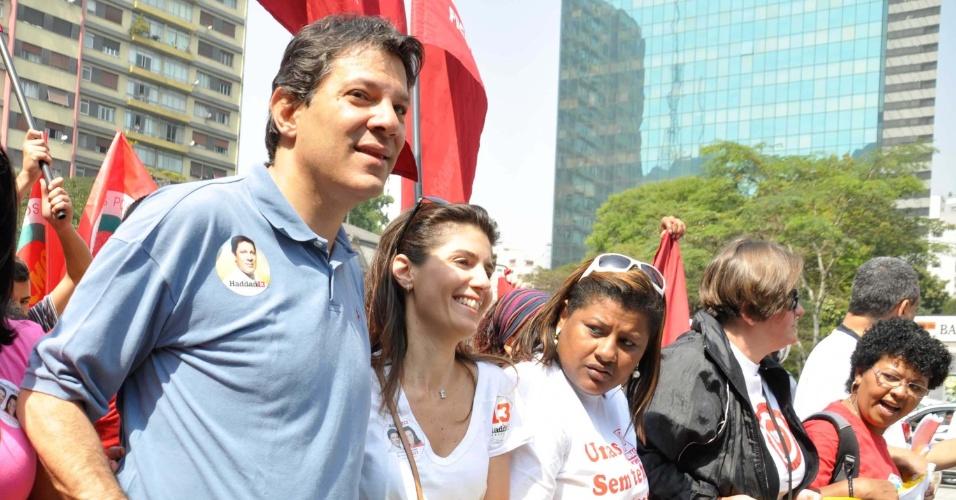 7.set.2012 - Fernando Haddad, candidato do PT à Prefeitura de São Paulo, participa do protesto Grito dos Excluídos, no Dia da Independência