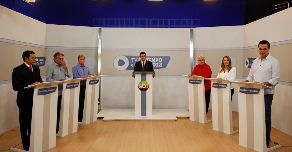 11.set.2012 - Candidatos à Prefeitura de Manaus participam de debate da TV Em Tempo na noite desta terça. (Da esq. para a dir.) Sabino Castelo Branco (PTB), Pauderney Avelino (DEM), Arthur Virgílio Neto (PSDB), Serafim Corrêa (PSB), Vanessa Grazziotin (PC do B) e Henrique Oliveira (PR)