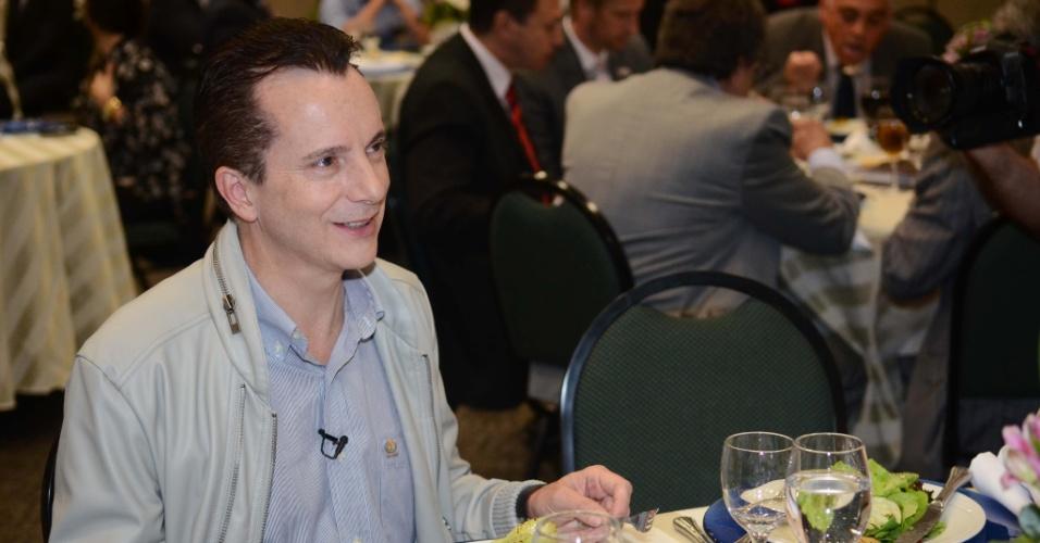 11.set.2012 - Celso Russomanno, candidato do PRB à Prefeitura de São Paulo, participou de almoço nesta terça-feira com empresários da área de turismo e eventos no Expo Center Norte, zona norte da capital