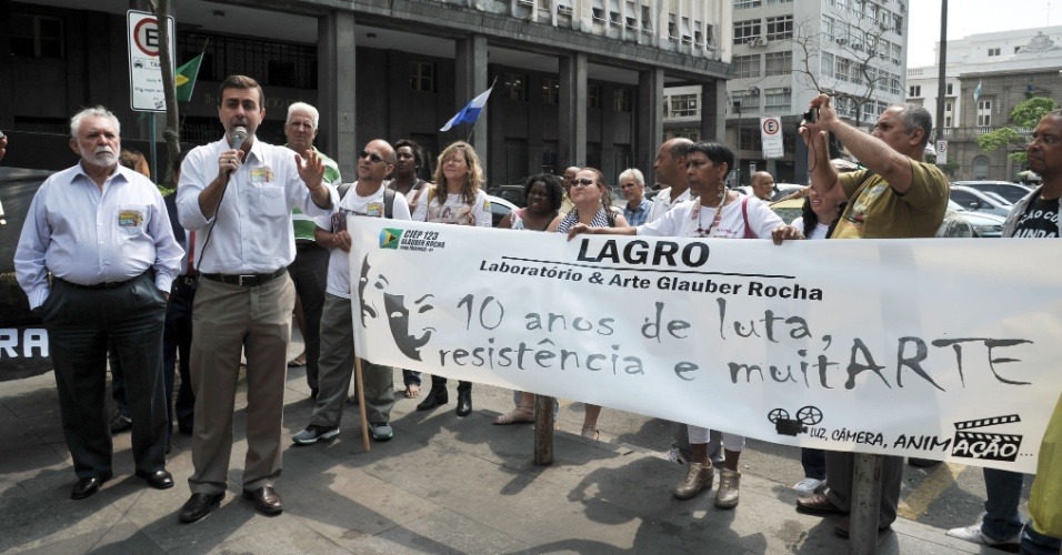 12.set.2012 - Marcelo Freixo (PSOL), candidato à Prefeitura do Rio de Janeiro,participou de um encontro com animadores culturais da rede pública estadual, no centro da cidade