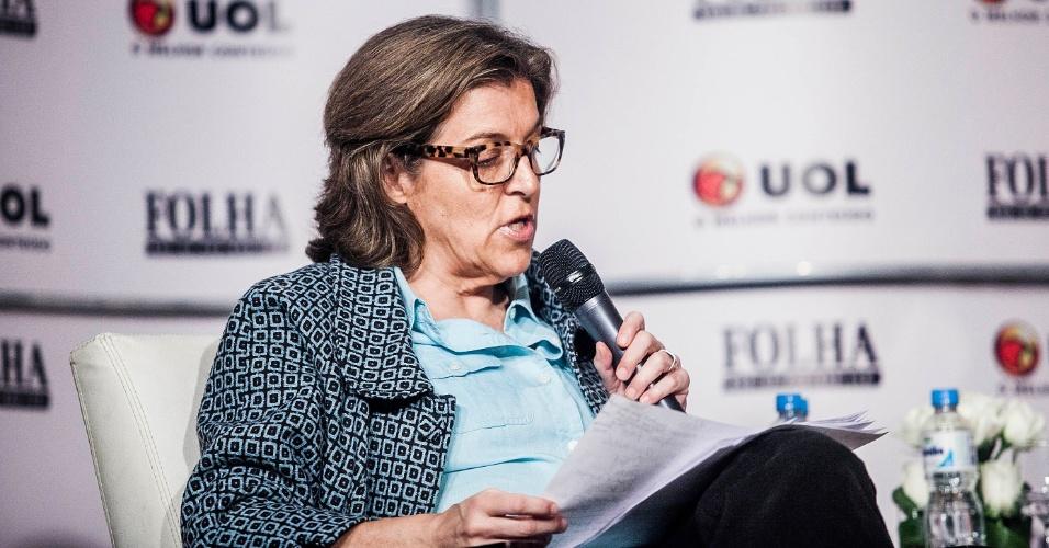 13.set.2012 - Barbara Gancia, colunista da Folha de S.Paulo, participa de sabatina Folha/UOL com o candidato do PT à Prefeitura de São Paulo, Fernando Haddad