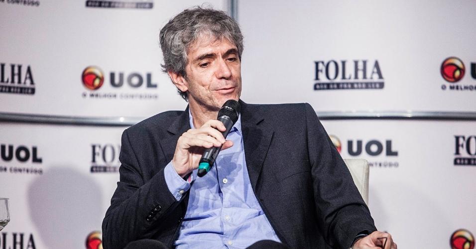 13.set.2012 - Mauricio Stycer, repórter especial do UOL, participa da sabatina Folha/UOL com o candidato do PT à Prefeitura de São Paulo, Fernando Haddad