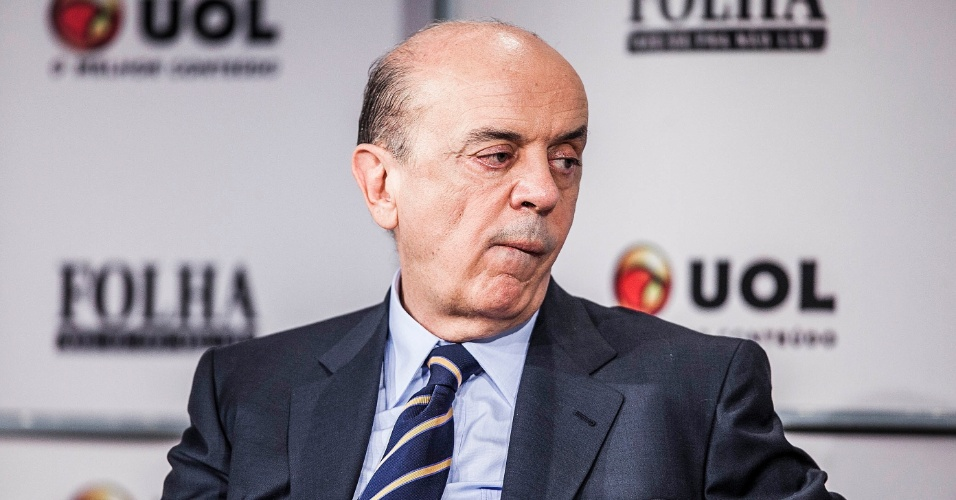 14.set.2012 - O candidato do PSDB à Prefeitura de São Paulo, José Serra, participa da sabatina Folha/UOL. O tucano afirmou que a gestão do prefeito Gilberto Kassab (PSD)  não tem a avaliação que merece