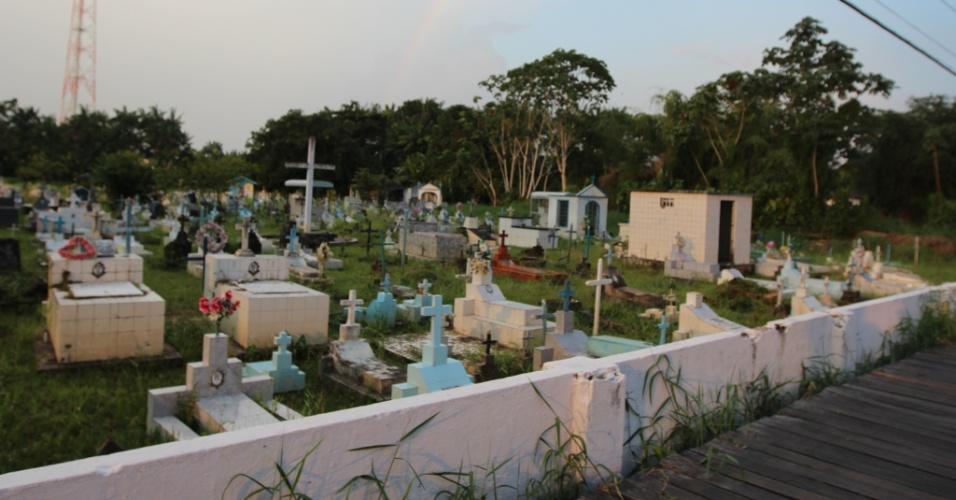 Cemitério de Afuá (PA)