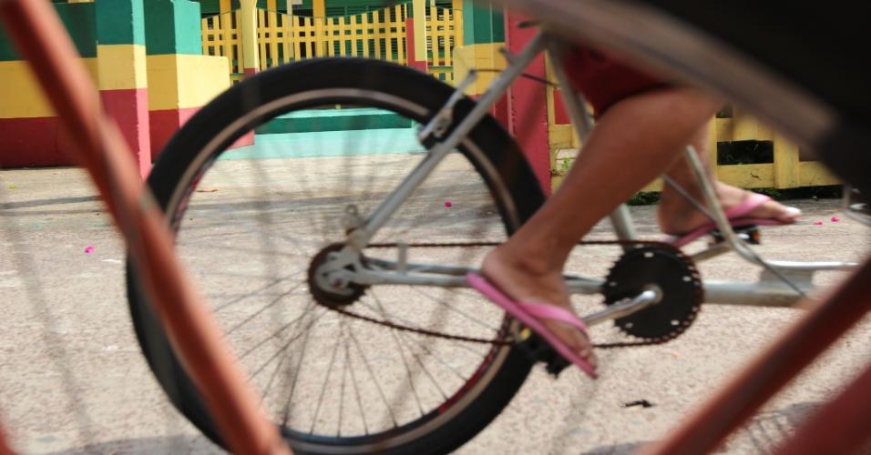 A Secretaria da Cultura, Esporte e Lazer de Afuá (PA) estima que haja na área urbana da cidade cerca de 16 mil bicicletas.