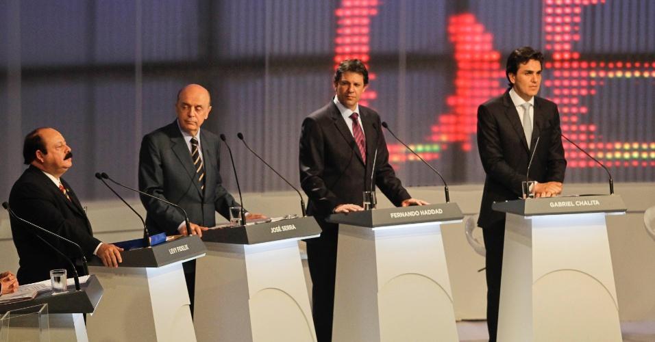 17.set.2012 - Levy Fidelix (de bigode), candidato do PRTB, propõe modelo de educação pública atrelada a investimentos de empresas privadas
