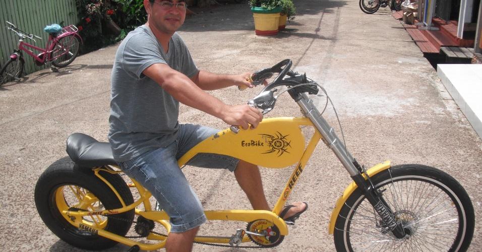 Bicicleta foi montada inspirada em uma moto modelo Holiday