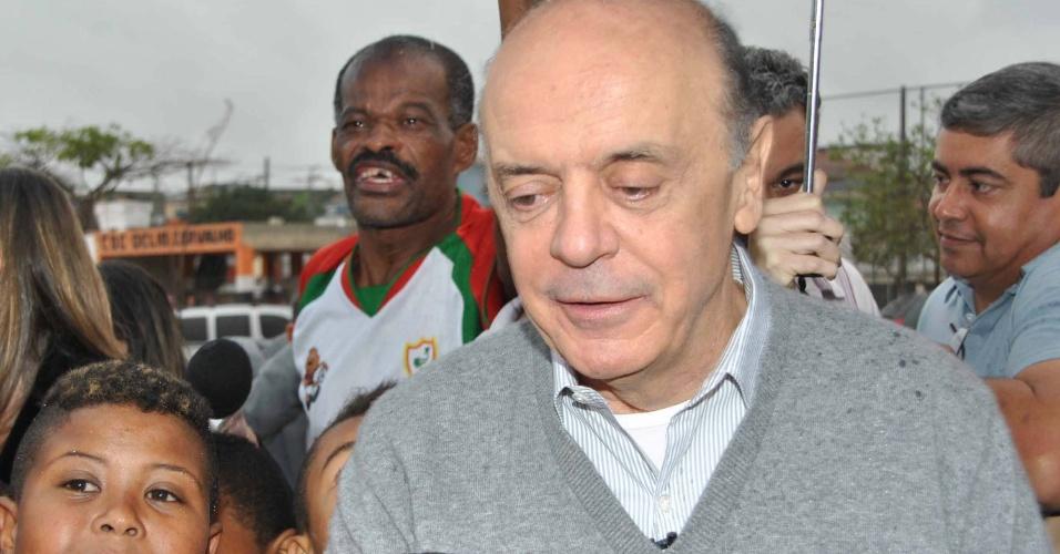21.set.2012 - O candidato à Prefeitura de São Paulo José Serra (PSDB) visitou o Clube-Escola Délio de Carvalho, no bairro de Ermelino Matarazzo