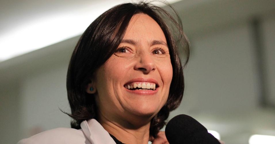 """24.set.2012 - A candidata do PPS à Prefeitura de São Paulo, Soninha Francine, chega à """"TV Gazeta"""" para o debate"""