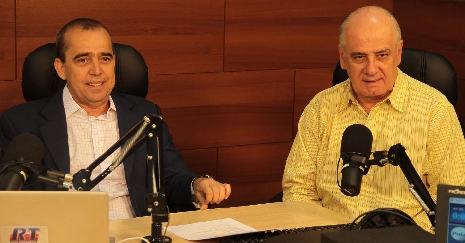 25.set.2012 - O candidato à Prefeitura de Manaus Serafim Corrêa (PSB) participou de entrevista na rádio CBN em que respondeu às perguntas do radialista Ronaldo Tiradentes