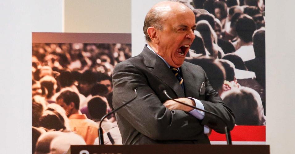 O candidato do PSDB à Prefeitura de São Paulo, José Serra, durante debate da TV Gazeta