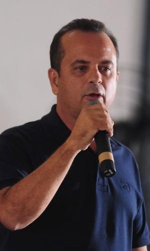 """26.set.2012 - Rogério Marinho, candidato do PSDB à Prefeitura de Natal, contestou nesta quarta-feira os resultados das pesquisas eleitorais. Segundo ele, """"os institutos de pesquisa serão os grandes derrotados desta eleição"""""""