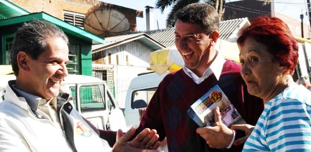 Vice-prefeito de Caxias do Sul por dois mandatos, Alceu Barbosa (à esq.) é eleito prefeito pela primeira vez