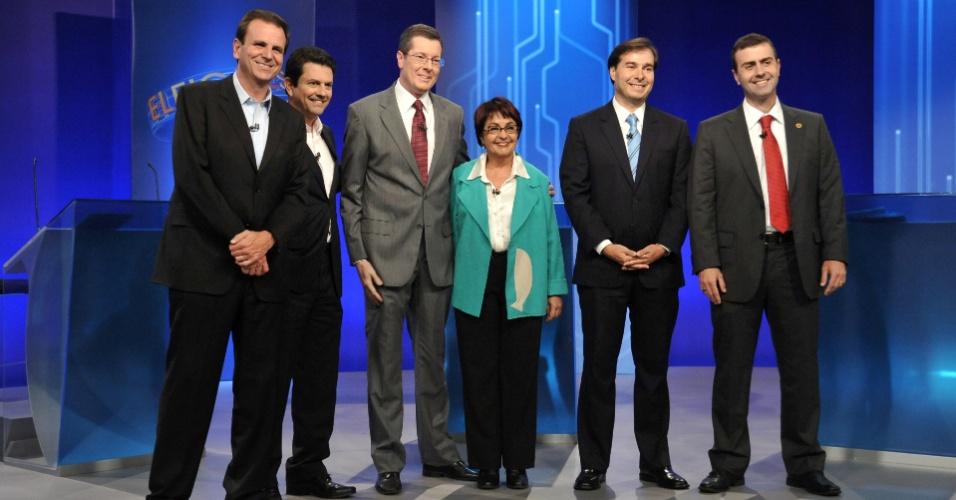 """4.out.2012 - Os candidatos à Prefeitura do Rio de Janeiro participam de debate da """"TV Globo"""" na noite desta quinta-feira. (Da esq. para dir.) Eduardo Paes (PMDB), Otávio Leite (PSDB), Aspásia Camargo (PV), Rodrigo Maia (DEM) e Marcelo Freixo (PSOL)"""