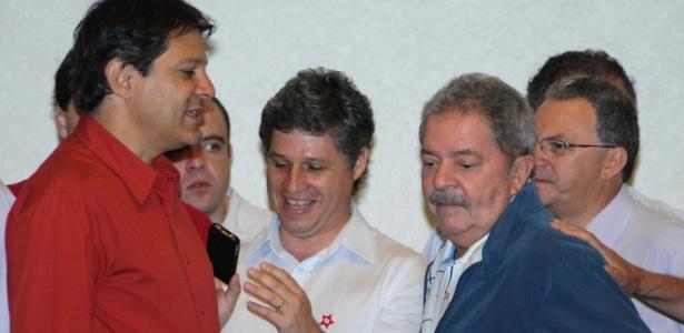 Lula tomou café da manhã com o candidato Fernando Haddad (PT) neste domingo, em um hotel na capital