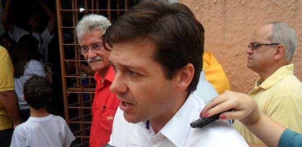 O candidato do PSB à Prefeitura do Recife, Geraldo Julio, votou na manhã deste domingo, acompanhado do governador e presidente nacional do partido, Eduardo Campos, no colégio Sagrada Família