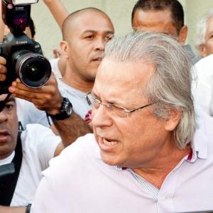 Ex-ministro da Casa Civil José Dirceu, condenado por formação de quadrilha, em foto do dia 7 de outubro. - Rodrigo Dionisio/Frame/Agência O Globo