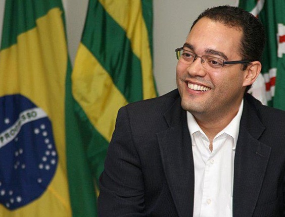 20.jul.2012 - O candidato a vereador de Goiânia (GO), Wirmondes Cruvinel