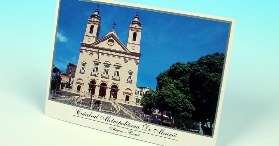 """14.out.2012 - Cartão postal mostra a catedral metropolitana de Macéio. Em Alagoas, a série """"UOL pelo Brasil"""" reportou a eleição em Rio Largo, cidade vizinha à capital alagoana com histórico de corrupção"""