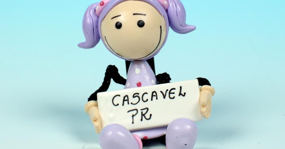 14.out.2012 - Cascavel, no oeste do Paraná, foi palco de mobilização dos adolescentes para tirar o título de eleitor para a cidade superar os 200 mil eleitores e ter direito ao segundo turno