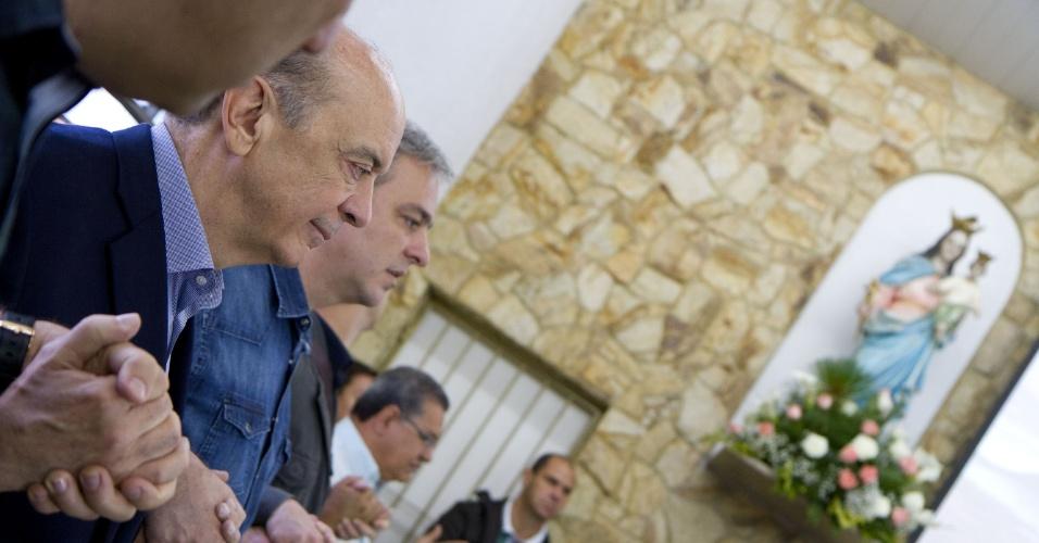 12.out.2012 - O candidato do PSDB à Prefeitura de São Paulo, José Serra, participou de missa na Paróquia Nossa Senhora de Aparecida, em Itaquera, zona leste da capital