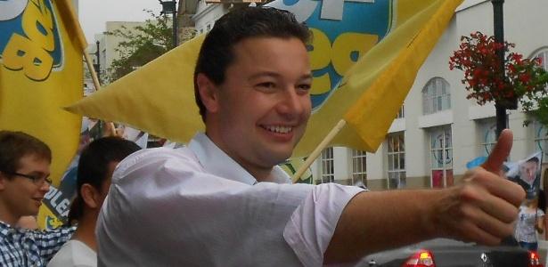 Ao ser eleito com 30 anos, Napoleão Bernardes tornou-se o prefeito mais jovem de Blumenau (SC)