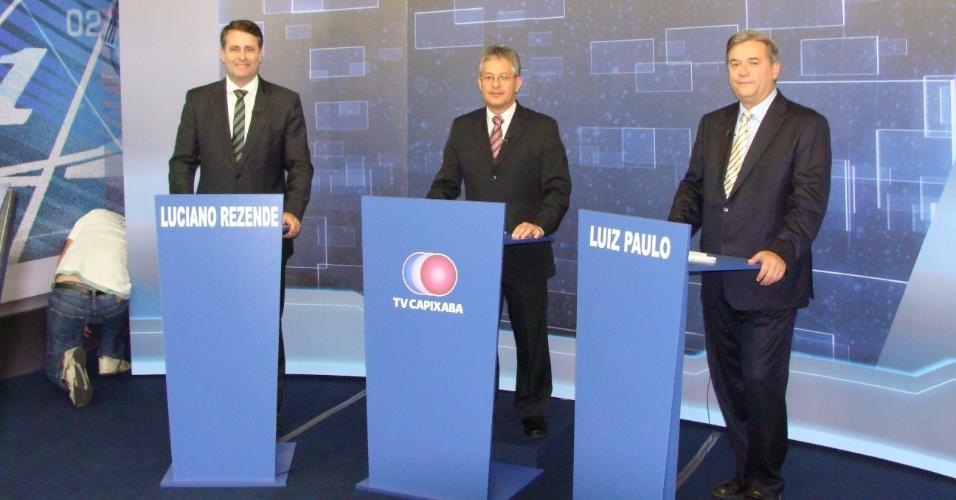 18.out.2012 - Os candidatos à Prefeitura de Vitória, Luciano Rezende e Luiz Paulo, participam de debate promovido pela TV Capixaba
