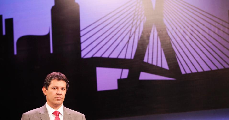 24.out.2012 - Em meio a ataques de José Serra (PSDB) sobre o mensalão, o candidato do PT à Prefeitura de São Paulo, Fernando Haddad (na foto), disse que o