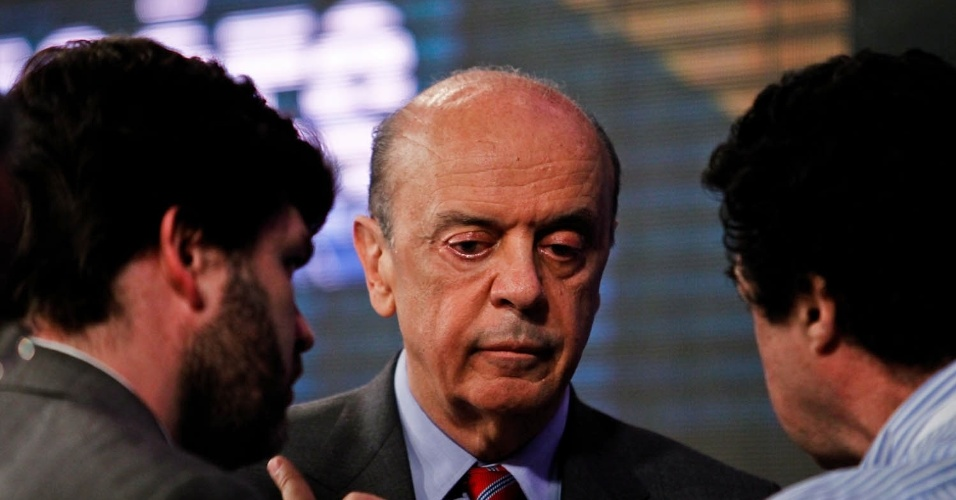 24.out.2012 - O candidato do PSDB à Prefeitura de São Paulo, José Serra, afirmou durante o debate SBT UOL que a situação da segurança na capital