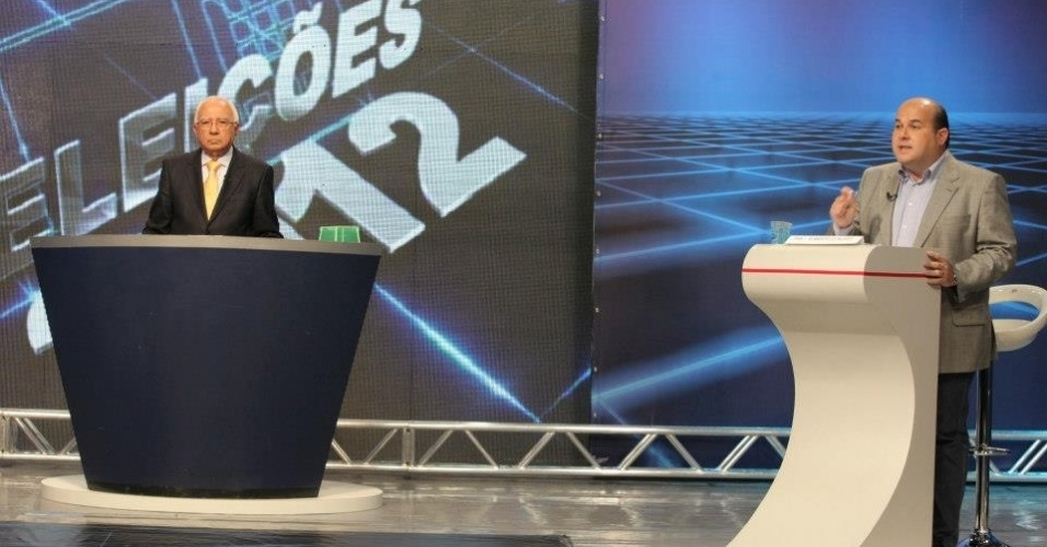 24.out.2012 - O candidato do PSB à Prefeitura de Fortaleza, Roberto Claudio, (à dir.) participa de debate da