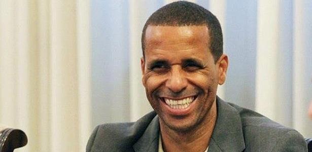 Juninho (PPS) foi eleito prefeito de Cariacica (ES)